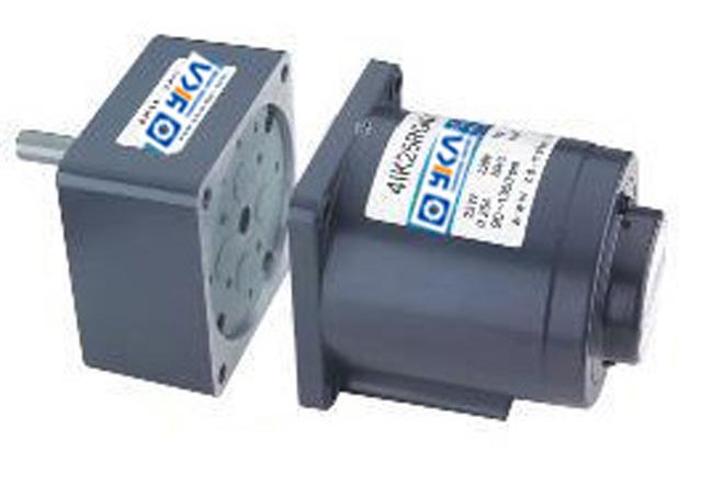 微型直流(交流)减速电机系列产品是由jb系列微型齿轮减速器,电子调速